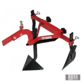 Agrimotor Jobbra forgató eke, késes csoroszlyával felszerelt, egytestű vontatott adapter