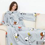 KANGURU Deluxe Snoopy (1124) ujjas és zsebes pléd